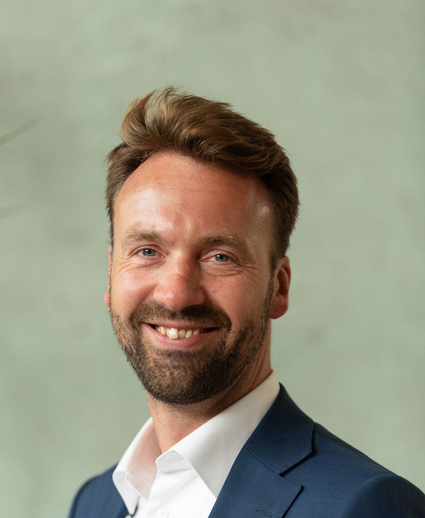 Dirk van der Lee